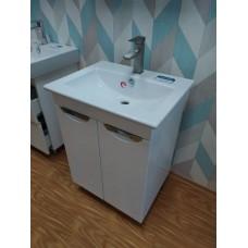 Тумба БЕВЕРЛИ-65 с умывальником для ванной комнаты с интегрированными ручками