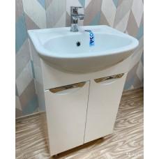 Тумба для ванной комнаты УЮТ-50 с врезными ручками и умывальником